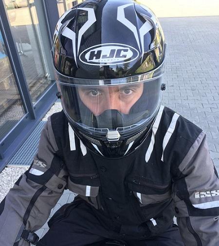 jak dobrać rozmiar kasku motocyklowego